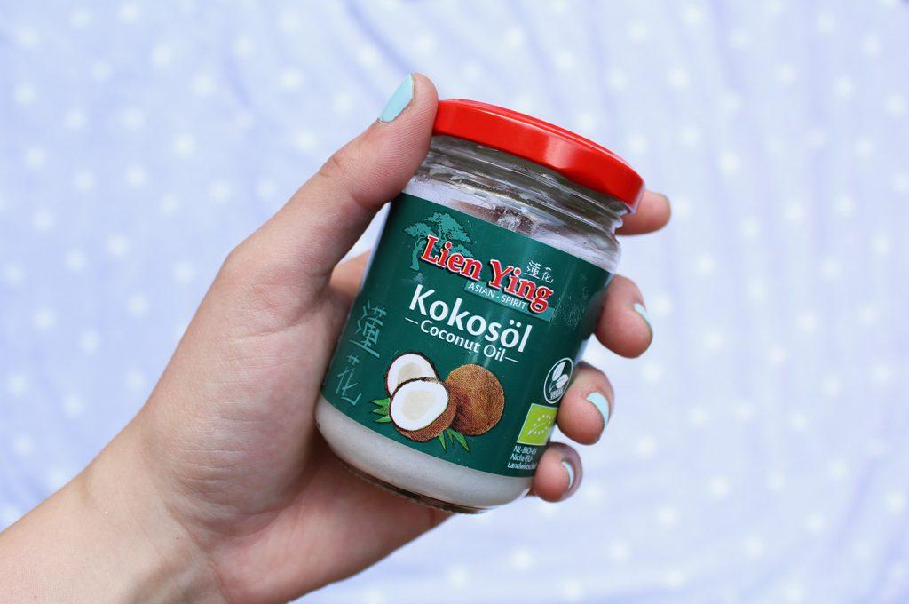 letters beads-beauty-diy-zero waste beauty-basics-kokosöl-coconut oil