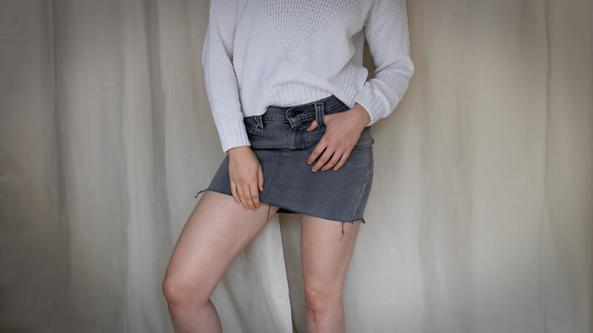 letters_and_beads_blog_diy_naehen_upcycling_jeans_hose_rock_destroyed_denim_look_titel