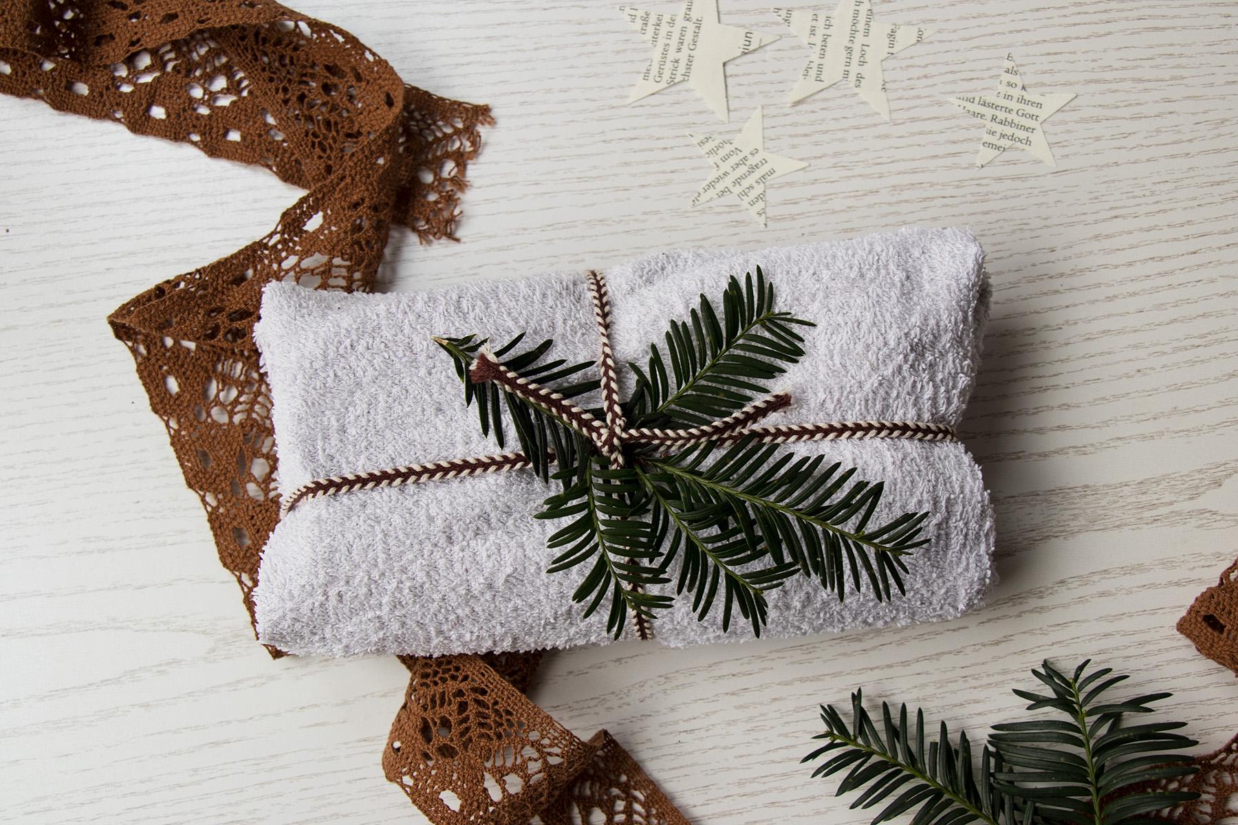 letters_and_beads_zero_waste_Christmas_geschenkidee_badezimmer_starterpack_geschenke_einpacken_idee